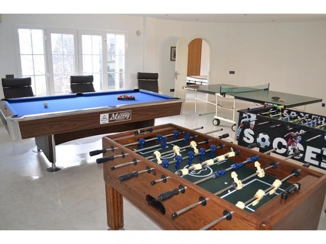Games Room - Large Villa (Sleeps 10), Puerto del Carmen, Lanzarote